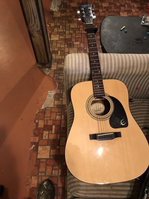 Epiphone PR 150 with hard case for Sale in Iberia, MO