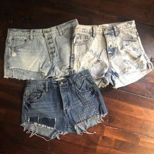 Denim Shorts - Brand Names - One Teaspoon, Free People, GUESS for Sale in Homestead, FL