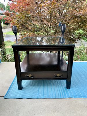 Pick up today LARGE solid wood end table / coffee table w/removable glass top~Nice piece to redo! for Sale in Monroeville, PA