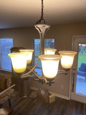 5 light chandelier for Sale in Spring, TX
