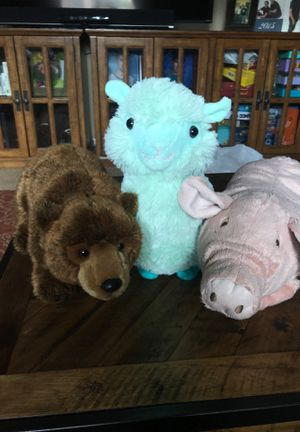 Very gently used stuffed animals for Sale in Garden Grove, CA