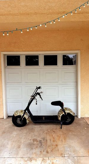 Electric scooter bike great condition almost brand new super fast and strong for Sale in Downey, CA