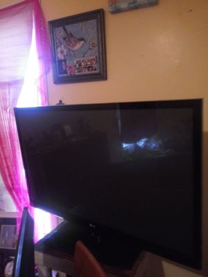 50 inch Lg tv for Sale in Elkhart, IN