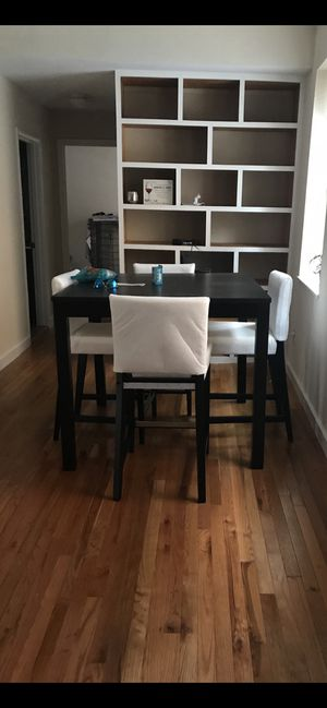 High rise dining table with 4 stools for Sale in Washington, DC