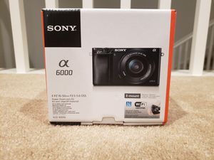 BRAND NEW SONY A6000 W/ 16-50mm LENS for Sale in Irvine, CA