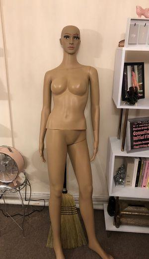 Mannequin free!!! for Sale in Norfolk, VA