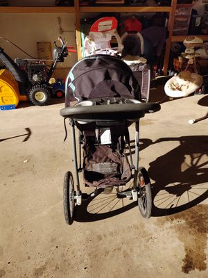Baby car seats, stroller, cribs etc for Sale in Divide, CO