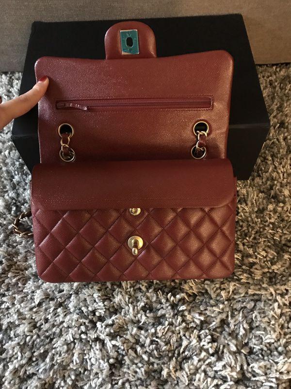 b1ac304c79 Chanel Classic Flap Bag for Sale in Chula Vista, CA - OfferUp