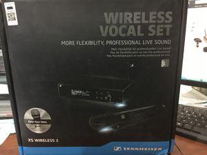 Wireless microphone pro audio for Sale in Nuevo, CA