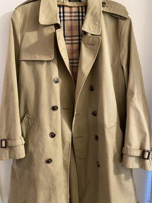 Burberry coat for Sale in Dallas, TX