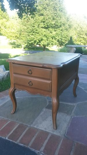 Beautiful solid maple wood end table for Sale in Spencerville, MD