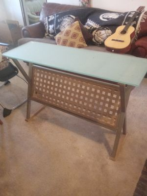 Magazine glass table for Sale in San Angelo, TX