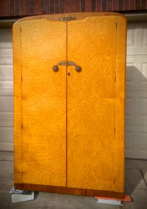 Armoire for Sale in Round Rock, TX