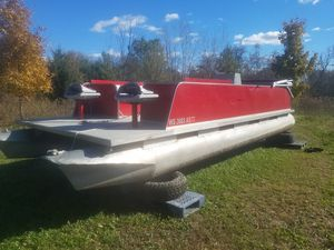 24ft Pontoon boat no trailer for Sale in Elkhorn, WI
