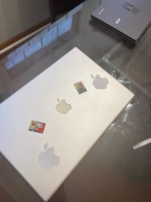 MacBook 09 for Sale in Grove City, OH