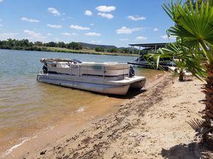 2012 90 Mercury 4 stroke & 2006 22 ft Meridian Pontoon + nice trailer for Sale in Houston, TX