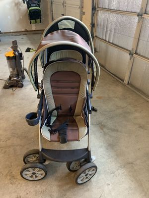 Chicco Double Stroller for Sale in Arlington, WA