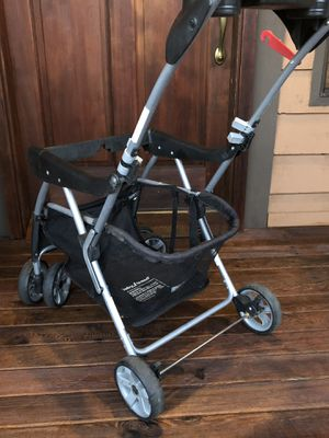 Baby Trend Snap and Go Universal Infant Carrier with Seat for Sale in Tacoma, WA