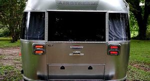 Vehicle.Sale Airstream Ocean 2008 Great.Shapee 4WDWheelsstndw for Sale in Los Angeles, CA