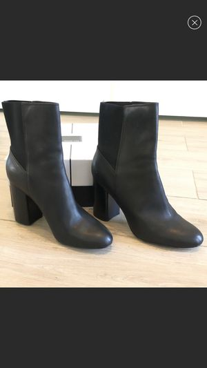 Dolce Vita Leather Boots for Sale in Bakersfield, CA