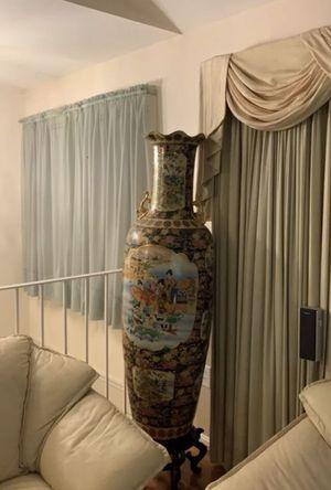 BIG VASE Asian Design for Sale in Fort Washington, MD