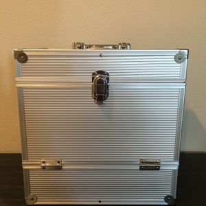 Aluminum Record Carrying Case for Sale in Trabuco Canyon, CA