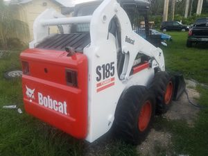 Bobcat Skid Steer model S185 turbo diesel ready to work for Sale in Pembroke Pines, FL