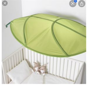 Green canopy for bright light protection for Sale in La Mesa, CA