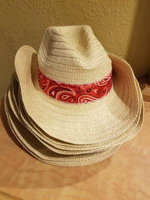 Straw cowboy hat for Sale in North Miami Beach, FL