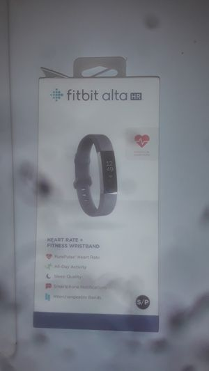 Fitbit alta HR for Sale in Portsmouth, VA