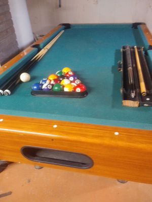 Cue stick for Sale in Evansville, IN