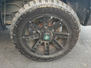 33x12.5R20LT Remington Wheels with Tires for Sale in Valrico, FL