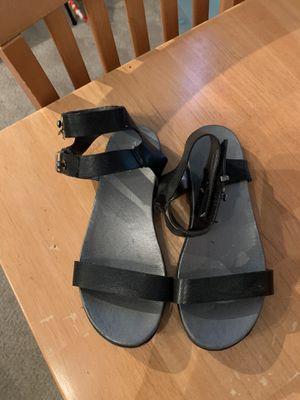 Tahiti youth size 13 black sandals for Sale in Ashburn, VA