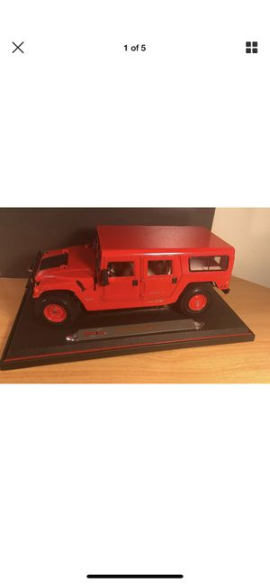 Maisto Hummer Station Wagon 6.5L 1998 Red Toy Display Collectible Car Auto for Sale in Kensington, MD