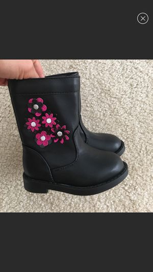 New baby girl boots for Sale in Memphis, TN