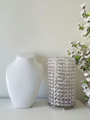 Two pieces ceramic necklace display or crystal flower vase for Sale in Seattle, WA