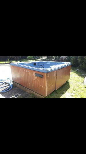 Hot Tub for Sale in Puyallup, WA