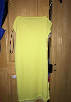 Yellow dress for Sale in Dudley, MA