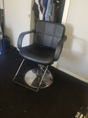 Barbers chair for Sale in Gardena, CA