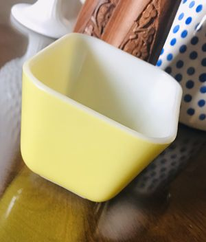 Vintage Pyrex • Pastel Yellow • Small Refrigerator Dish for Sale in Cave City, KY