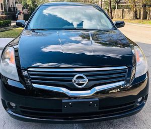 Gorgeous 2008 Nissan Altima FWDWheels Clear for Sale in Columbus, OH