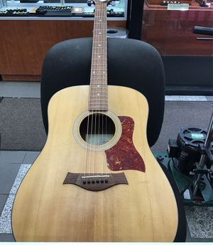 Taylor acoustic guitar for Sale in Brooklyn, NY