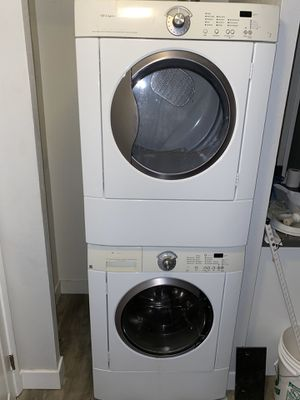Stackable working laundry for Sale in Los Angeles, CA