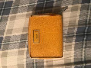 Women's Tumi wallet for Sale in Waldorf, MD