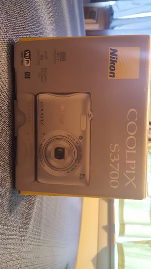 Nikon coolpix digital camera for Sale in Rochester, NY