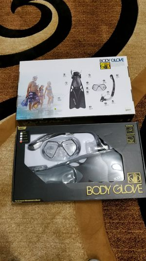 Body glove swim gear set 45each or both 80 for Sale in Nashville, TN