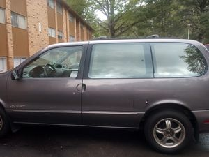 96 nissan quest, drives good, good motor. nice for family or work. PRICE NEGOTIABLE. for Sale in Decatur, GA