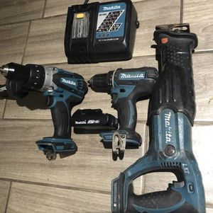 Makita set 18 volt sawzelll Hammer drill and Drill with battery and charger for Sale in St. Petersburg, FL