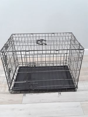 "Pets crate 30"" L for Sale in Phoenix, AZ"