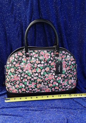 New Coach Purse Sierra Floral 60%off! NEW w/tags (msrp $429!) for Sale in Torrance, CA